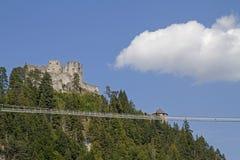 Ruina Ehrenfels z zawieszenie mostem obraz royalty free