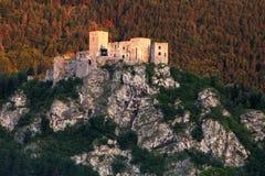 Ruina grodowy Strecno, Sistani - zdjęcie royalty free