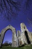 Ruina inglesa histórica de la iglesia Foto de archivo