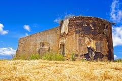 Ruina vieja en Portugal Foto de archivo libre de regalías