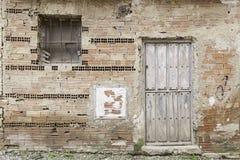 Ruina y abandono en una casa Imagen de archivo
