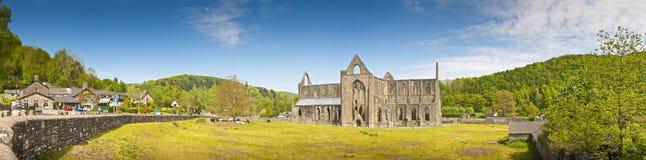 Ruinas antiguas, abadía de Tintern, País de Gales, Reino Unido Fotografía de archivo libre de regalías
