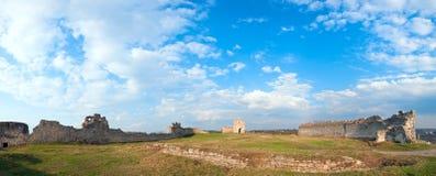 Ruinas antiguas de la fortaleza Imagen de archivo libre de regalías