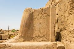 Ruinas antiguas del templo de Karnak en la ciudad antigua de Thebes, Luxor, Egipto imágenes de archivo libres de regalías