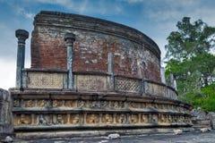 Ruinas antiguas exteriores en la ciudad de Polonnaruwa Polonnaruwa Vatadage Fotografía de archivo