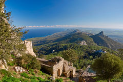 Ruinas antiguas y paisaje en Chipre del norte fotografía de archivo libre de regalías