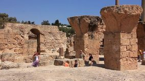 Ruinas de Cartago antiguo en Túnez almacen de metraje de vídeo