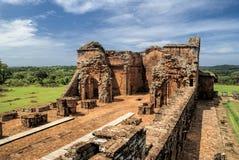 Ruinas de Encarnación y de la jesuita en Paraguay Foto de archivo libre de regalías
