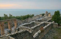Ruinas de Grotto di Catullo, Sermione, Italia fotos de archivo
