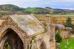Ruinas de la abadía de la colada en la región de fronteras del escocés en Scotlan Fotografía de archivo