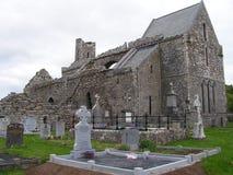 Ruinas de la abadía de Corcomroe fotografía de archivo libre de regalías