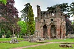 Ruinas de la abadía de Dryburgh Foto de archivo libre de regalías