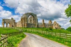 Ruinas de la abadía de Egglestone en el condado Durham Foto de archivo