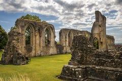 Ruinas de la abadía de Glastonbury, Somerset, Inglaterra Foto de archivo libre de regalías
