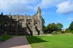 Ruinas de la abadía de Holyrood en Edimburgo Imagen de archivo libre de regalías