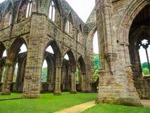 Ruinas de la abadía de Tintern, una iglesia anterior en País de Gales Foto de archivo libre de regalías