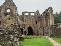 Ruinas de la abadía de Tintern, una iglesia cisterciense anterior del 12ma Imagen de archivo