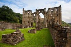 Ruinas de la abadía famosa de Riveaulx Imágenes de archivo libres de regalías