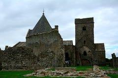 Ruinas de la abadía, isla de Inchcolm, Escocia Fotos de archivo libres de regalías