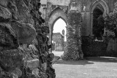 Ruinas de la abadía N de Glastonbury Fotografía de archivo libre de regalías
