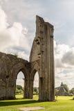 Ruinas de la abadía P de Glastonbury Imágenes de archivo libres de regalías