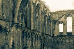 Ruinas de la abadía T de Glastonbury Foto de archivo libre de regalías