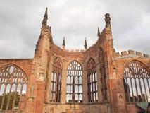 Ruinas de la catedral de Coventry fotos de archivo