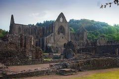 Ruinas de la catedral de la abadía de Tintern Foto de archivo