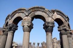 Ruinas de la catedral de Zvartnots (ángeles celestiales), Armenia, la UNESCO Imágenes de archivo libres de regalías