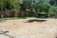 Ruinas de la ciudad antigua Ephesus, la ciudad del griego cl?sico en Turqu?a, en un d?a de verano hermoso fotos de archivo libres de regalías