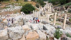 Ruinas de la ciudad antigua de Ephesus en Esmirna metrajes