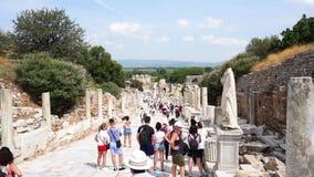 Ruinas de la ciudad antigua de Ephesus en Esmirna almacen de metraje de vídeo
