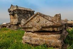 Ruinas de la ciudad antigua, Hierapolis cerca de Pamukkale, Turquía Fotografía de archivo libre de regalías