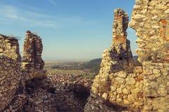 Ruinas de la ciudadela de Rasnov imagen de archivo