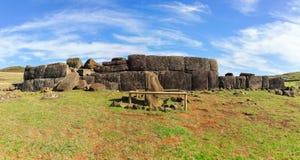 Ruinas de la estatua de Moai, isla de pascua, Chile imagen de archivo