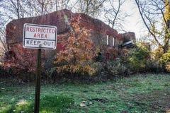 Ruinas de la fábrica de Smithville Foto de archivo libre de regalías