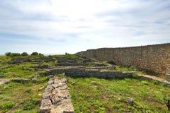 Ruinas de la fortaleza antigua en el promontorio de Kaliakra Foto de archivo libre de regalías