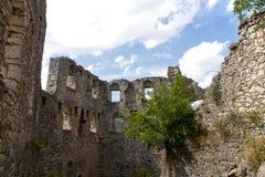 Ruinas de la fortaleza, de la Bosnia y del Hercegovina de Pocitelj Foto de archivo
