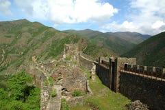 Ruinas de la fortaleza en Serbia central Imagen de archivo