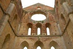 Ruinas de la iglesia Fotos de archivo libres de regalías
