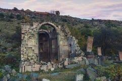 Ruinas de la iglesia medieval armenia fotos de archivo libres de regalías