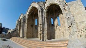 Ruinas de la iglesia de la Virgen del municipio escocés en la ciudad vieja de Rodas, Rodas metrajes