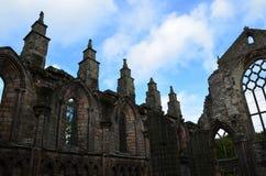 Ruinas de la piedra de la abadía de Holyrood en Edimburgo Imágenes de archivo libres de regalías