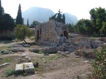 Ruinas de la piedra en Corinto, Grecia Imágenes de archivo libres de regalías