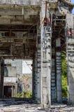 Ruinas de un hotel abandonado viejo destruido por los merodeadores Isla de Phuket, Tailandia Fotografía de archivo libre de regalías