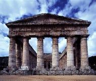 ruinas de un templo romano Segesta, Sicilia, Italia Imagen de archivo