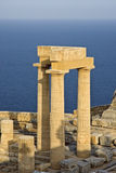 Ruinas de una acrópolis antigua imagenes de archivo