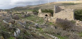 Ruinas de una casa veneciana antigua en el pueblo veneciano de Voila Crete Grecia fotografía de archivo libre de regalías