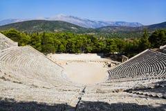 Ruinas del anfiteatro de Epidaurus, Grecia Imagen de archivo libre de regalías