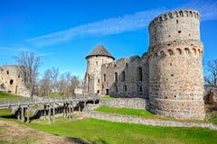Ruinas del castillo de Cesis, Letonia Fotos de archivo